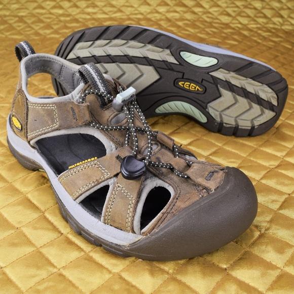 49be3cb89e24 Keen Shoes - KEEN Women s Venice Sport Hiking Sandals ☀️EUC☀️